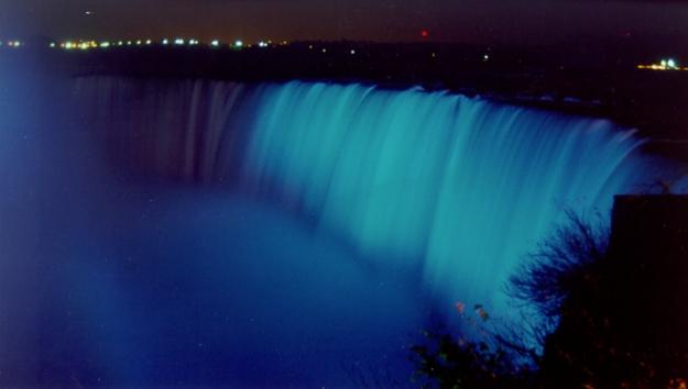 Niagra-Falls-Light-it-up-Blue1
