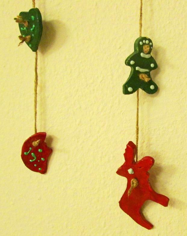 9_kekse-aufgefadelt-als-weihnachtsdeko_a